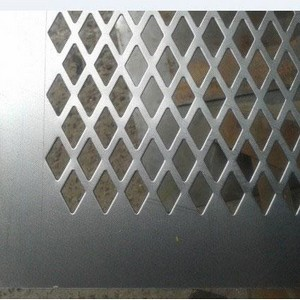 Chapa de aço perfurada SP