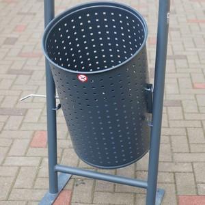 Lixeira em chapa perfurada aço carbono